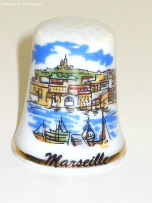 Dé à Coudre De Collection en Porcelaine Marseille